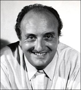 Qui était le co-présentateur de l'émission-jeu  Mr Cinéma   aux côtés de Pierre Tchernia , animateur, producteur et grand pionnier de la télévision française ?
