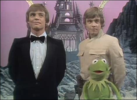 Quand il apparaît dans le Muppet Show, qu'a fait Mark Hamill qu'aucune autre star invitée sur le plateau n'a fait avant et après lui ?
