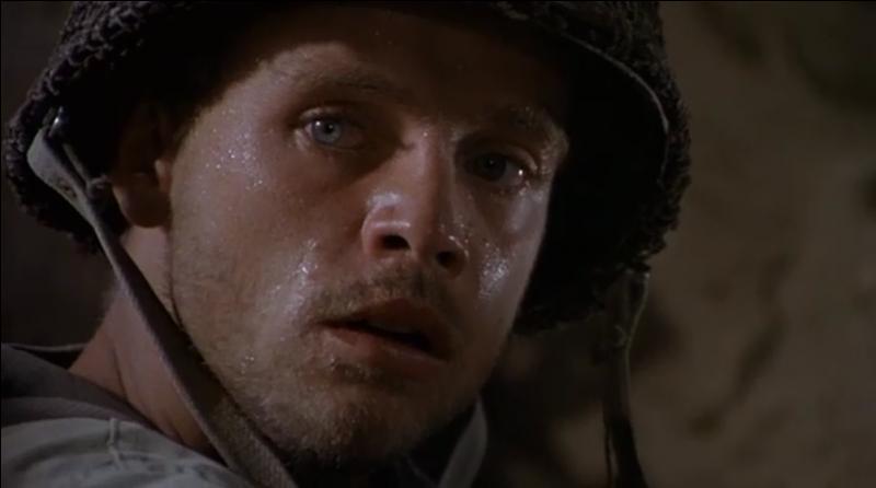Dans quel film de guerre y a-t-il Mark Hamill jouant l'un des principaux soldats ?