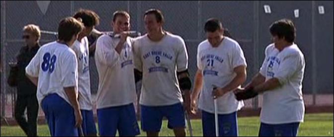 Nous sommes dans le film  American Pie . Quel sport pratique cette équipe ?