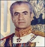 Qui est ce souverain qui perdit son trône en 1979 ?