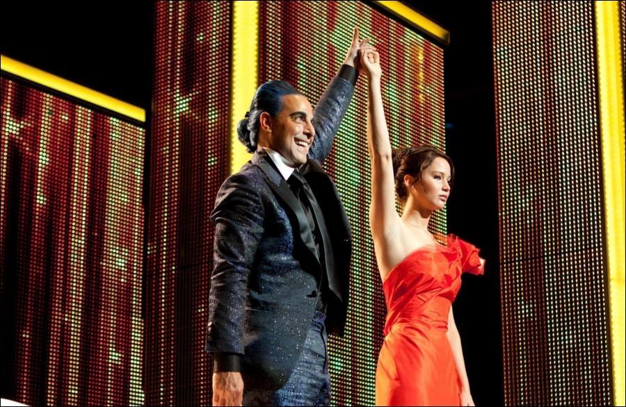 Quel plat du capitole Katniss déclare-t-elle adorer lors de sa première interview ?