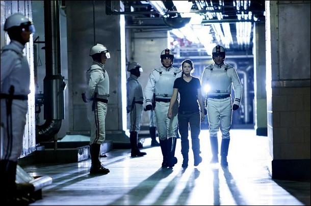 Comment se nomme le pacificateur qui a essayé de défendre Gale et qui est devenu muet par la suite ?