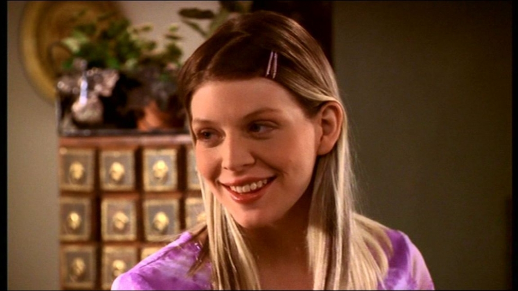Quelle actrice joue Tara MaClay ?