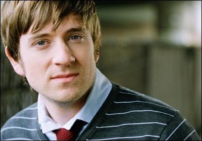 Quel acteur joue Andrew ?