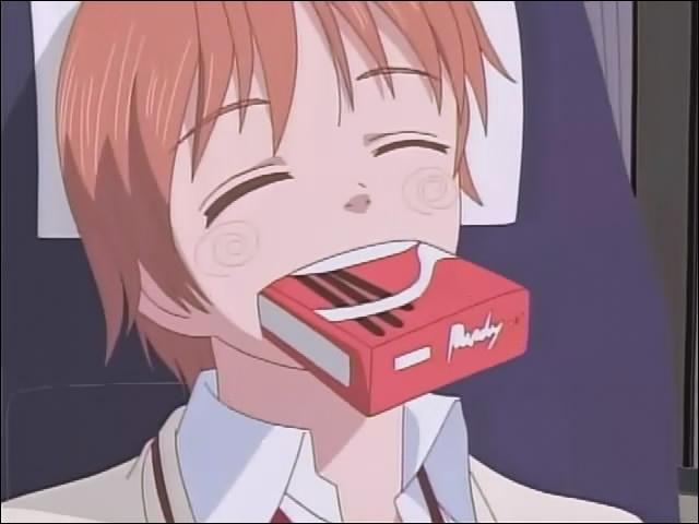 Pourquoi a t il une boîte dans sa bouche ?