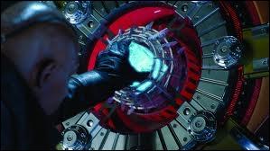 Quel pouvoir possède le Tesseract ?