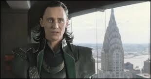 Où se trouve Loki dans cette scène ?