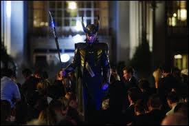 Dans quelle ville se trouve Loki ?