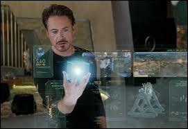 Comment Tony Stark nomme-t-il la voix de son ordinateur ?