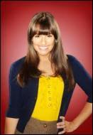 Comment s'appelle la fille biologique de cette dernière ? Elle est devenue la star féminine des New Directions.