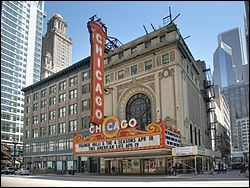 Qu'est-ce qui est faux sur le «Chicago Theatre» ?
