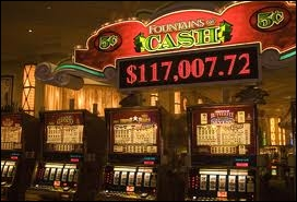 Las Vegas a été fondée en 1905. En quelle année y a-t-on légalisé les jeux d'argent ?
