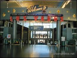 Qu'est-ce qui est faux sur «McCarran International Airport» ?
