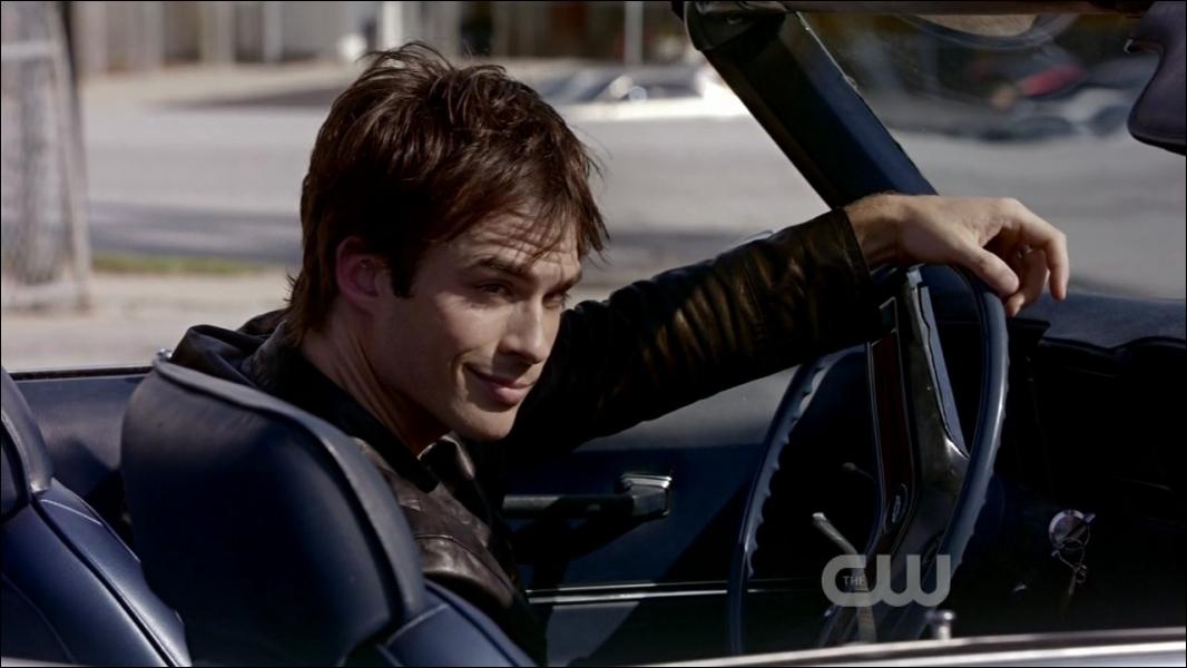 Qui est un ami de Damon ?