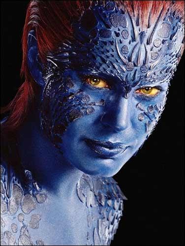 Dans  X-Men , de qui Mystique prend-t-elle l'apparence dans la Statue de la Liberté ?