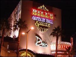 Qu'est-ce qui est faux sur le Bill's Gambling Hall & Saloon ?