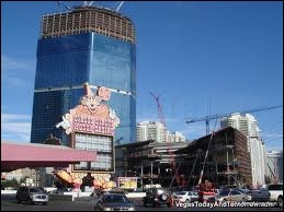 Tous ces hôtels sont fermés sauf un qui est en construction. Lequel ?