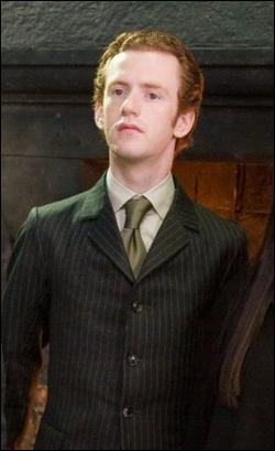 Comment s'appelle la femme de Percy Weasley ?