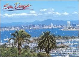 Quel rang occupe San Diego en terme de population au sein des villes californiennes ?