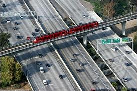Quelle infrastructure San Diego ne possède-t-elle pas en date de 2012 ?