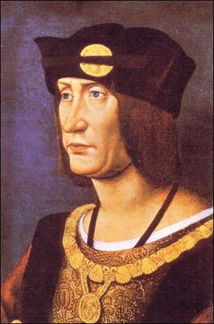 Agé de 53 ans, il épouse en troisième noce la jeune Marie d'Angleterre, soeur du roi Henri VIII. Elle l'embrassait trop souvent et surtout, la goutte l'aurait emporté, le 01 janvier 1515.