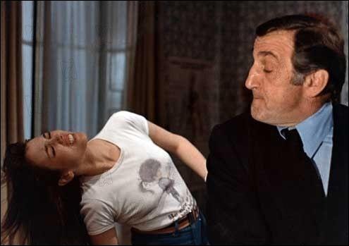 Qui jouait le rôle de la mère d'Isabelle Adjani dans  La gifle  de Claude Pinoteau, en 74 ?