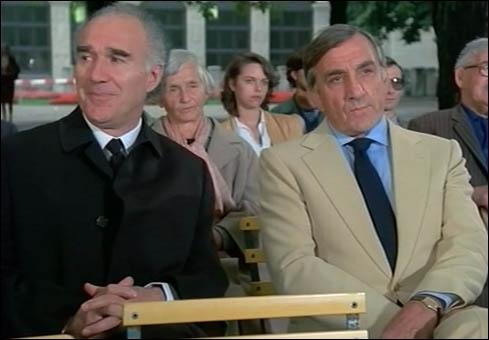 Quel acteur jouait dans  espion lève toi de Yves Boisset ?