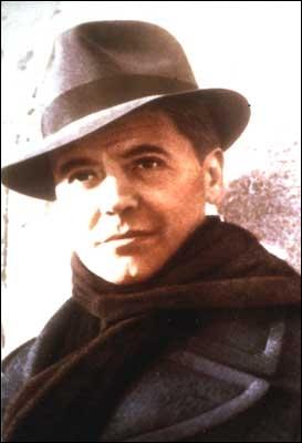 Je vous quitte sans bruit... Chut ! ... En vous rappelant une époque où le pseudo était obligatoire. Quel était celui de Jean Moulin ?