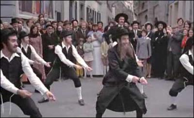 Où a eu lieu le tournage, de la scène de la danse, dans  Rabbi Jacob , avec Louis de Funès ?