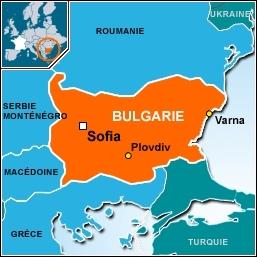 Quel(le) acteur(actrice) de la série parle couramment bulgare et français grâce à ses origines ?