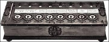 Quel philosophe et mathématicien a inventé la première machine à calculer en 1642 ?