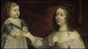 A l'âge de 14 ans, Louis XIII est forcé par sa mère d'épouser l'infante d'Espagne pour des raisons politiques. Quel est son nom ?