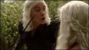 Par qui est tué Viserys Targaryen ?