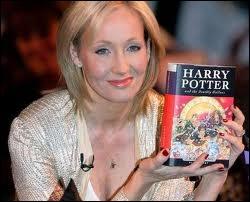 Qui a écrit le livre  Harry Potter  ?