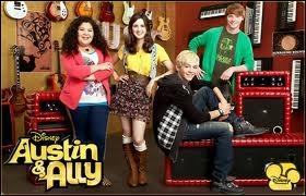 Quel est le personnage de Ross Lynch dans Austin et Ally ?