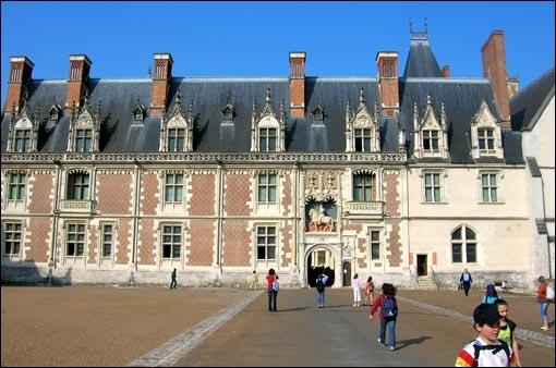 Château du Loir et Cher situé sur la rive droite de la Loire, résidence favorite des rois de France à la Renaissance :