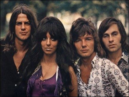 Groupe de rock néerlandais formé en 1967, dont la chanteuse fut Mariska Veres. Le groupe fut rendu célèbre par la chanson 'Venus', reprise avec succès par les Bananarama dans les années 1980.