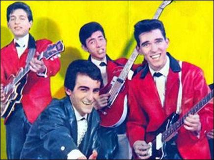 Groupe de rock français apparu en 1961, qui compta Dick Rivers pour membre. Ils chantèrent notamment : 'Ma p'tite amie est vache', 'Toi tu es bath pour moi', 'Twist à Saint-Tropez'.