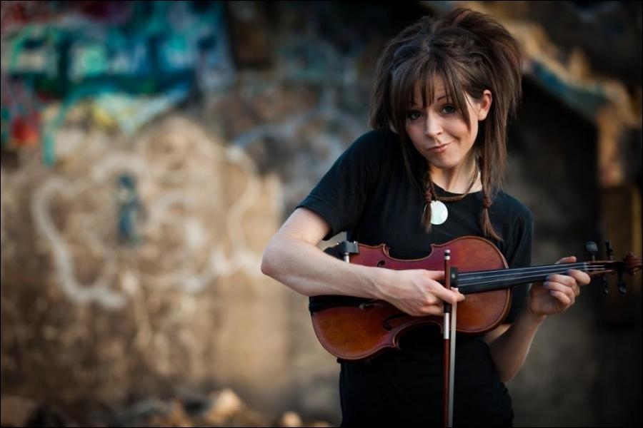 Quel style de violoniste est Lindsey Stirling ?