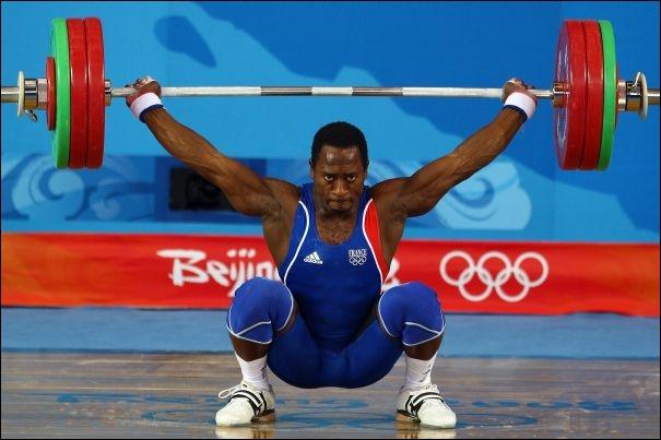 Ce sport mixte comporte des catégories de poids allant de - de 56 kg à + de 105 kg pour les hommes et de - de 48 kg à + de 75 kg pour les femmes. C'est bien sûr :