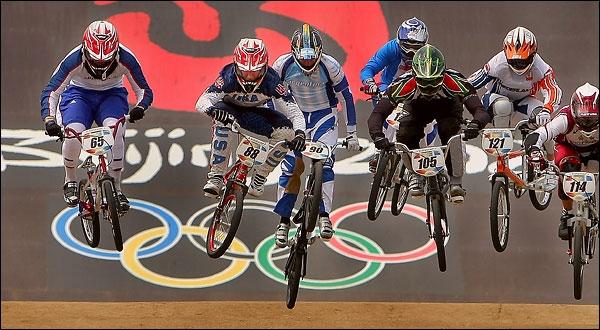 Quel sport cycliste a été introduit aux Jeux Olympiques en 2008 ?