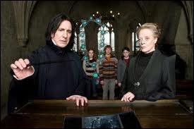 Dans HP7, après le combat McGonagall et Rogue, que prononce McGonagall quand Rogue prend la fuite ?