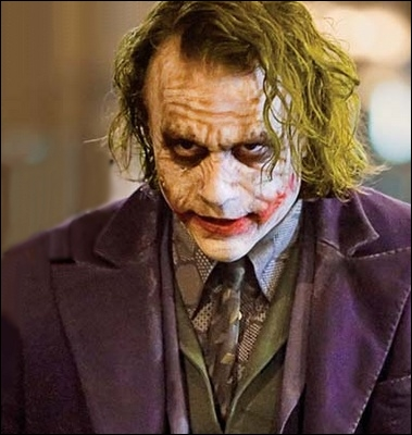 2008 : Le joker est interprété par Heath Ledger mort quelques mois plus tard ;il recevra pour ce rôle et à titre posthume :