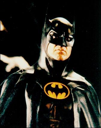 Tim Burton a réalisé 2 Batman ( Batman + Batman le défis ) Qui jouait Batman ?