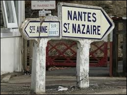 Le nom des habitants d'une ville ou d'un pays est... . .
