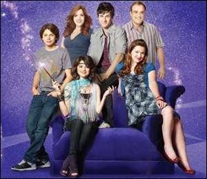 Combien y a-t-il eu de saisons dans la série  Les sorciers de Waverly Place  ?