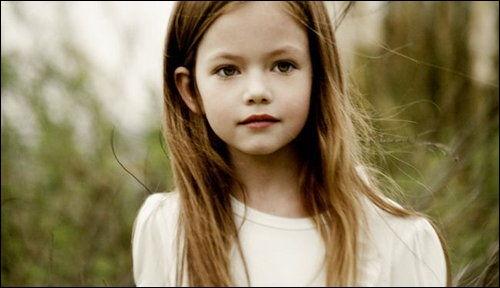 Qui veut tuer la fille de Bella (dans  Twilight , chapitre 4, partie 1) ?