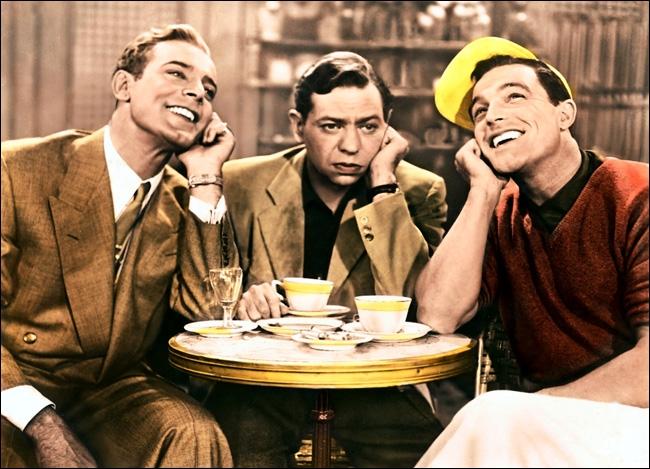 Tout commence à la terrasse d'un café parisien par la rencontre de 3 amis : une vedette de music-hall, un pianiste réputé et un peintre fauché.
