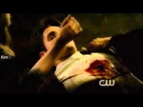 Dans la saison 2, épisode 22, qui lui a tiré dessus ?